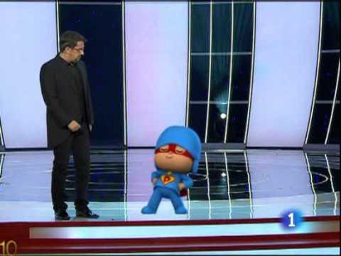 Pocoyó entrega junto a Andreu Buenafuente el premio Goya a la mejor película de animación.