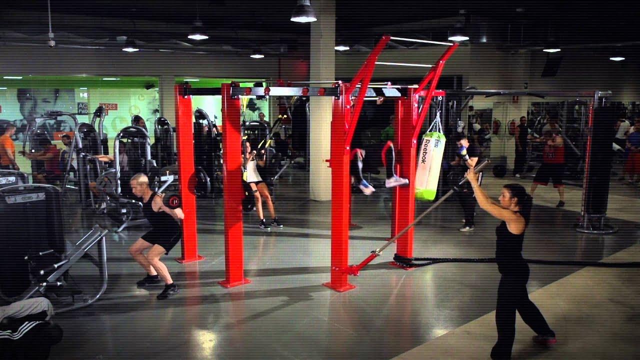 Vivagym tu club de fitness youtube for Gimnasio hospitalet