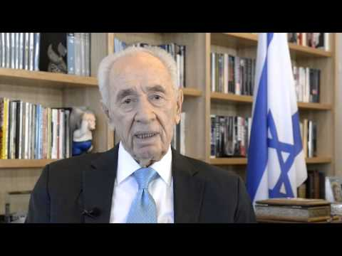 Happy New Year 2015 from Shimon Peres