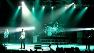 Watch 311 Wake Your Mind Up video