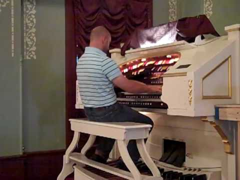 Trolley Song from Meet me in St. Louis : Theatre Organ