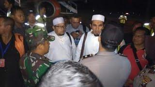Intoleran, Detik-detik Aparat Pulangkan Ketua Umum FPI yang Hendak Hadiri Tabligh Akbar di Pontianak