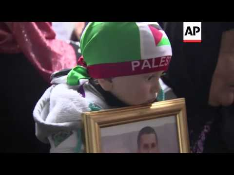 Israeli protest march as Palestinian families celebrate ahead of prisoner release