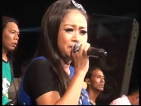 download lagu Pengumpat Lilin Herlina New Pallapa Live Mojo Tengah Kedamean gratis