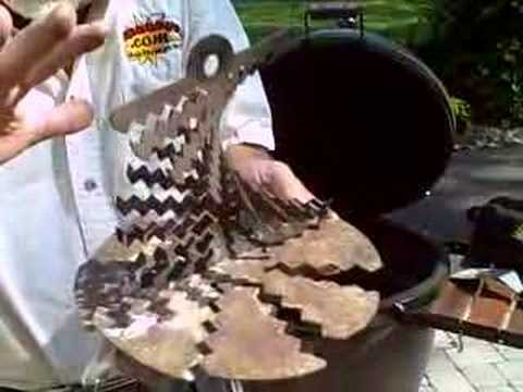 The BBQ Guru Turbo Grate on a Big Green Egg 02