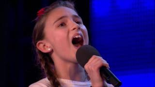 Download Lagu Simon Is Confused By Daughter & Father OPERA Singers | Auditions 4 | Britain's Got Talent 2017 Gratis STAFABAND