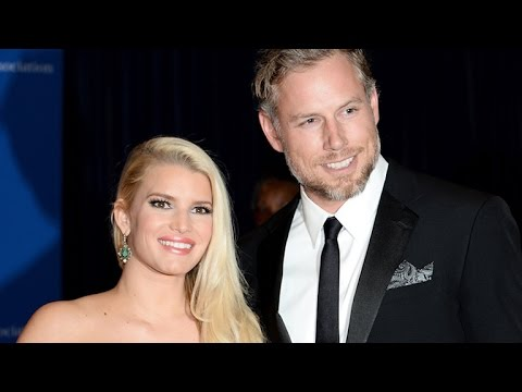 Jessica Simpson and Eric Johnson Look Insanely Fit on Beach Vacation -- See the Pics!