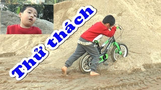 Thử thách lao xe đạp vào đống cát, Kênh Em Bé ♥