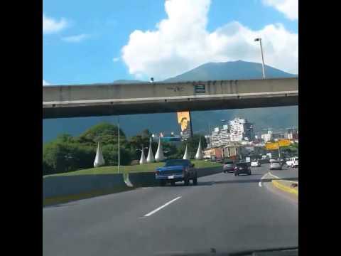 Caracas Cruising 2