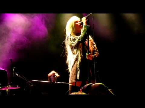 The Pretty Reckless - Zombie (Atlantic City, NJ 10-30-11) Music Videos
