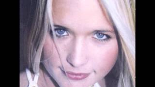 Watch Miranda Lambert Somebody Else video