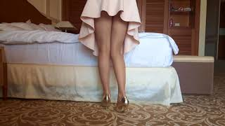 Beautiful Upskirt Wife 💖 in Pantyhose and Heels
