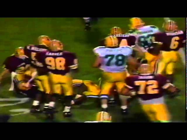 Oregon RB Donovan Moore runs for an 8 yard gain vs. ASU 11-09-1991