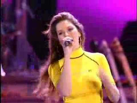 Shania Twain - That Don't Impress Me Much (Live in Chicago - 2003)