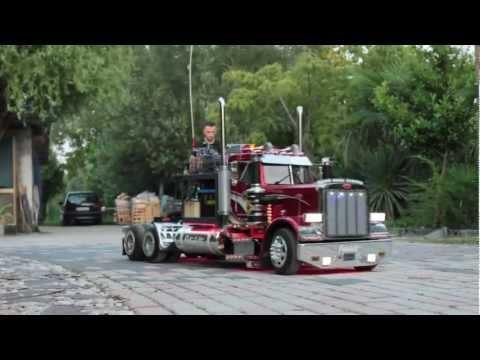 TruckModel Peterbilt 359 RC 1:4