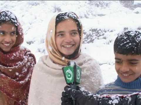 aaj tv kashmir .....news pakge  Snowfall from asif raza mir muzaffarabad  azad kashmir pakistan
