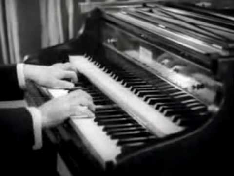 José Iturbi (1895-1980) plays Rameau: Rigaudon, Musette and Tambourin on the harpsichord. (1940) During his days in the conservatory in Paris, Iturbi studied the piano with Victor Staub and...