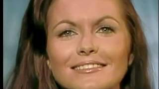 Watch Jeannie C Riley Roses And Thorns video