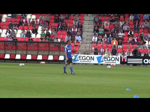Frank de Boer kan niet van de bal afblijven