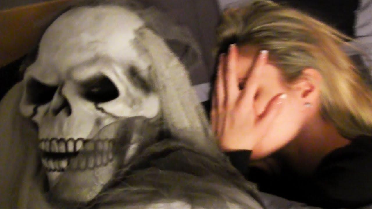 Halloween Ghost Scare Prank Youtube