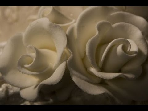 Watch Decorazioni in pasta di zucchero rose ,Cake Decorating flower rose Fondant