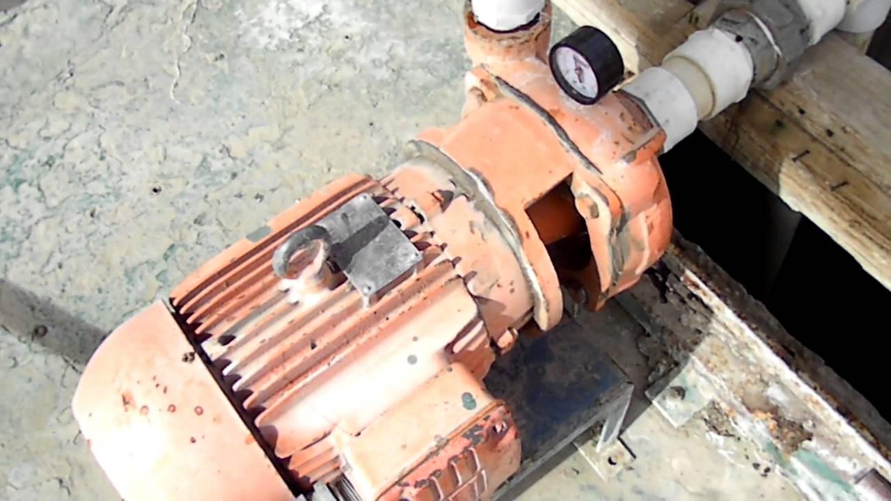 Bombas centrifugas en serie para agua de riego por ca on for Bomba para riego de jardin