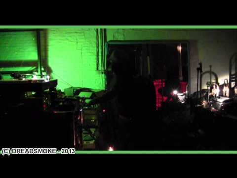 WEBCAM HIFI (fr) ft el fata - roots round 6  on the dub again #6 @ de black buddah 9-03-2013