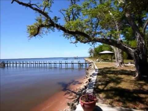 Unique Bayfront Home in Freeport FL