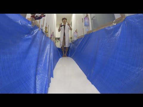 【実験】大量の片栗粉で水の上を走れる天の川を作る