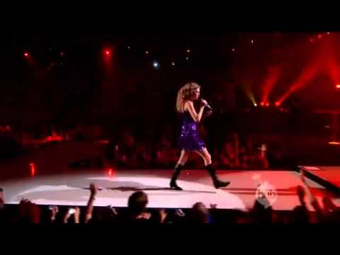 Taylor Swift - Picture to Burn (LIVE HD)