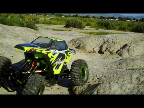 Exceed RC Maxstone 16 crawler (Stock) video