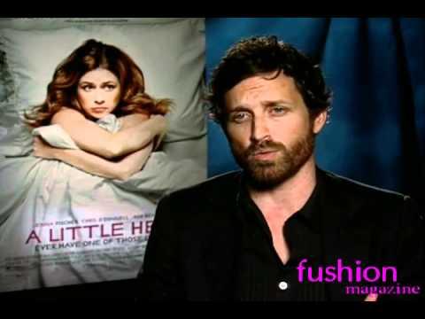 Jenna Fischer Interview - A  LITTLE HELP