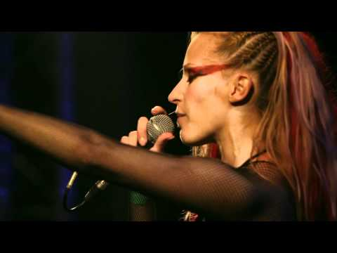 Anna And The Barbies - Álmatlan - Live @ ZP [15] [HD]