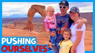 🏞 ARCHES NATIONAL PARK WITH KIDS 🥾 Must-Do Stops Near Moab 🏕 Delicate Arch Hike 👨👩👧👧