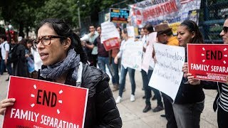 Mexicans protest against US immigration separation of children