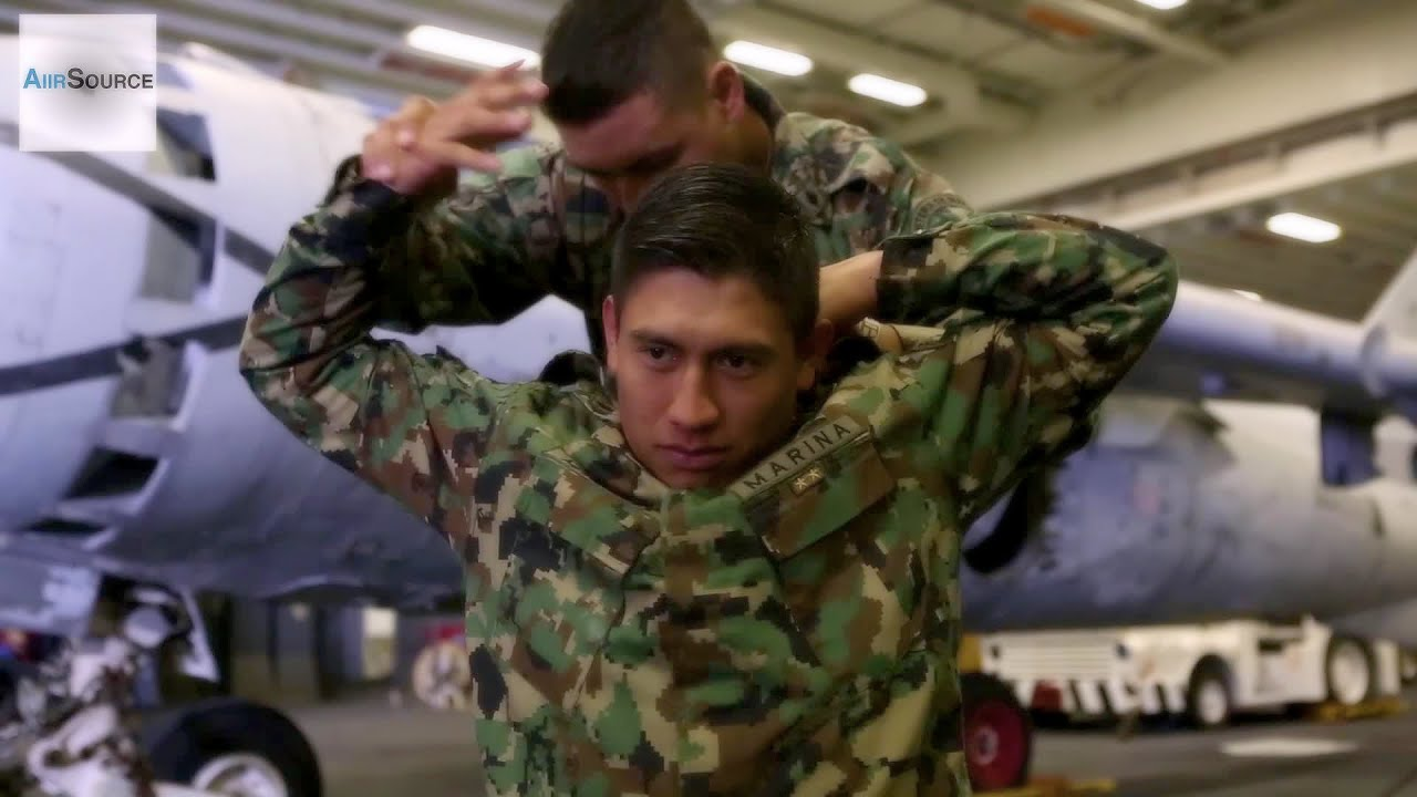 Mexican Citizens  >> Mexican Marines Hand-to-hand Combat Training - YouTube