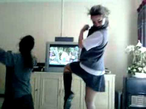 Girls Crazy Dancing In School Uniform - Insanely Funny !! video