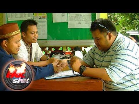 Jelang Idul Fitri, Philip De May Bayar Zakat Fitrah - Hot Shot 24 Juni 2017