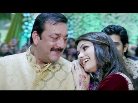 Prachi Desai Shares Experience With Sanjay Dutt On Set Of Policegiri !