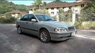 2000 Volvo S40 2.0 Start-Up, Full Vehicle Tour, and Quick Drive