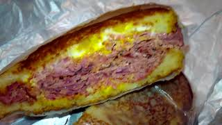 New Bread Basket Deli Corned beef Review - Q food review's