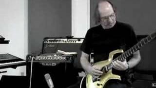 Adrian Belew Demos Line 6 Spider Jam