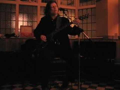 Down in France, performed by Tom Rodwell, Sheffield 2006