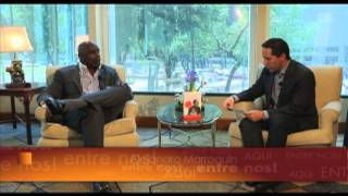 Chris Gardner - Aquí Entre Nos - Enlace TV