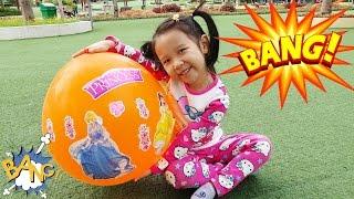 SURPRISE GIANT BALLOON DISNEY PRINCESS - Nổ Bóng khổng lồ công chúa ❤ Bóc trứng socola