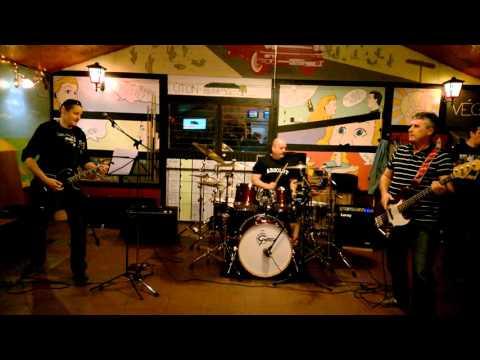 Tunyogi Rock Band - Megyek Tovább