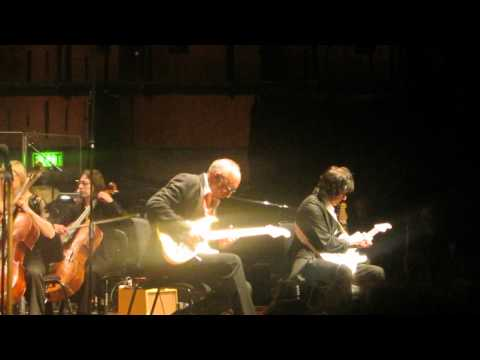 Pete Townshend/Jeff Beck - Love Reign O'er Me - London 2012