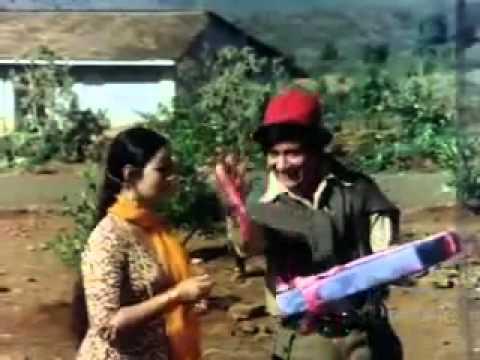 Nazrana Bheja Kisine Pyar Ka   Dev Anand   Indrani Mukherjee...
