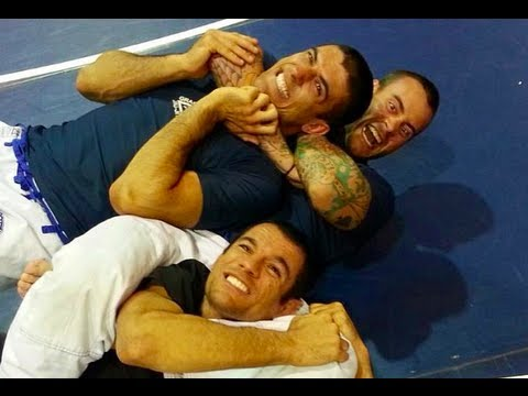 UFC on FX 8: Ronaldo 'Jacare' Souza vs. Chris Comozzi (Gracie Breakdown Feat. CM Punk)