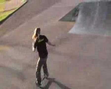 street surfing descente rampe skate park youtube. Black Bedroom Furniture Sets. Home Design Ideas